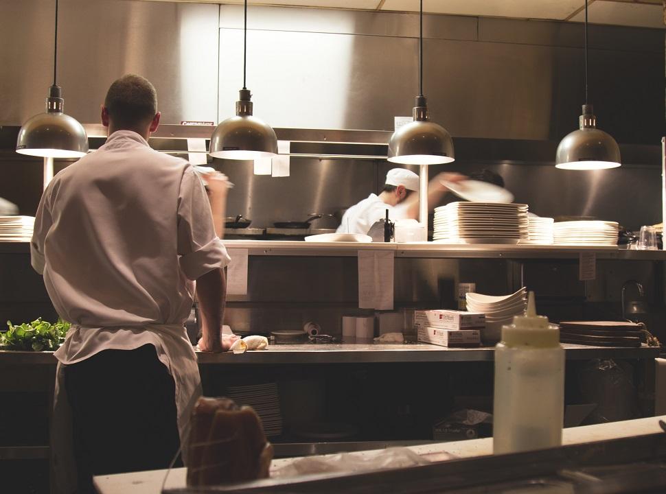 Foto Capo cuoco: il direttore d'orchestra di una cucina