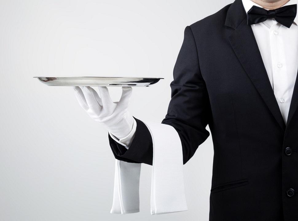 Foto Cameriere: un buon ristorante si riconosce anche dal servizio ai tavoli